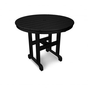 Outdoor dining table made from recycled plastic