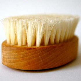 brush for cleaning outdoor spaces