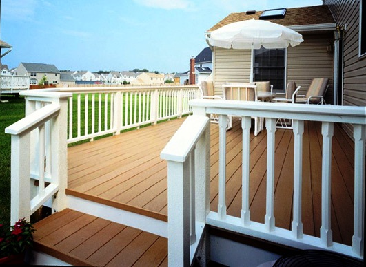 deck made from plastic lumber with vinyl railing